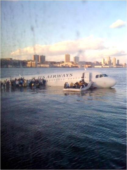 Ένα δείγμα από τις φωτογραφίες του ατυχήματος.